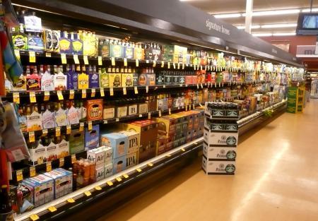 USスーパーのビールコーナー2