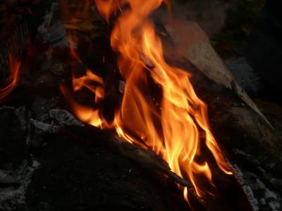 CA4-3焚き火
