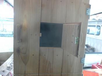 燻製器燻製テスト中窓