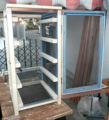 薫製器1月5日乾燥箱内部桟付済