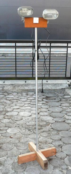 DIY1月12日投光器ランプ変更前
