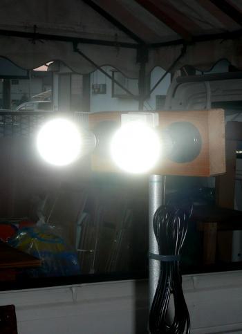 DIY1月12日投光器ランプ交換後ON