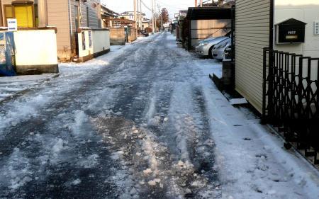 2013年1月15日雪前の道路