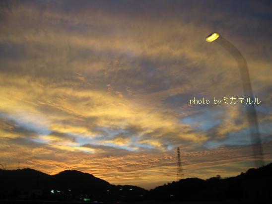 12.10.06朝焼けの明石大橋IMG_2644