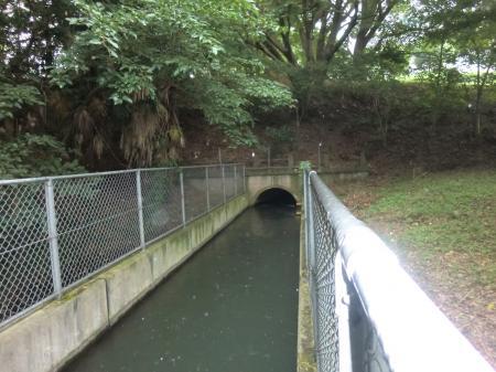 隧道入口東海大