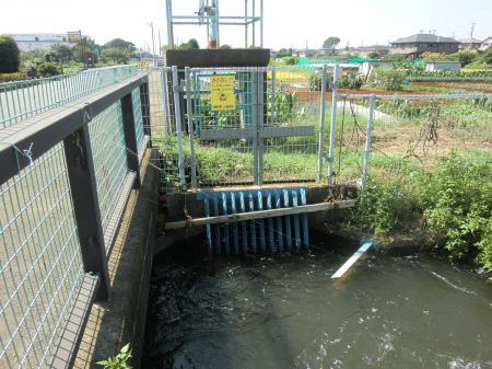 小動神社付近分水施設