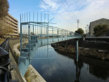 横須賀水道・柏尾川水管橋