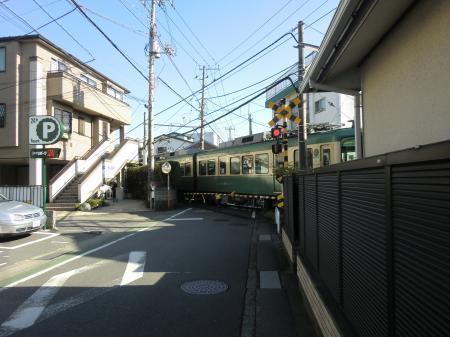 横須賀水道みち・江ノ電由比ヶ浜駅