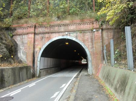 県道311号線小坪隧道