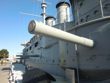 記念艦「三笠」左舷
