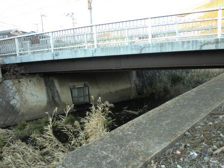 鳩川・上三谷橋
