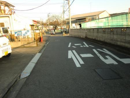 神奈川県営水道みち・上三谷橋付近