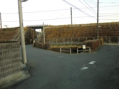神奈川県営水道みち・JR相模線上溝田中ガード