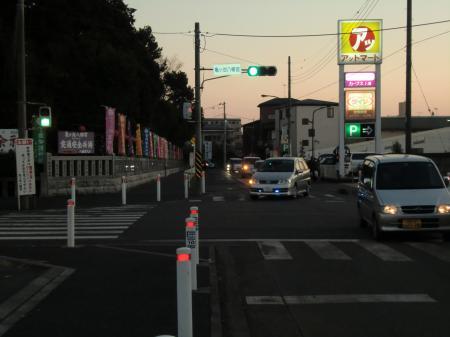 亀ヶ池八幡宮前信号