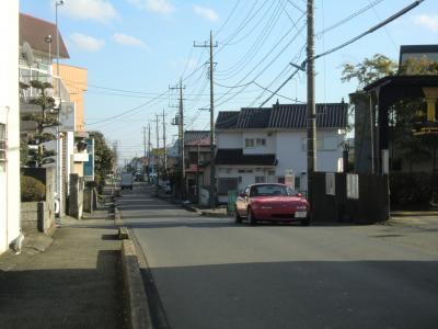 愛川町中津横須賀水道みちと交差