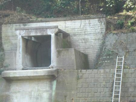 小倉橋灌漑用水路撤去工事