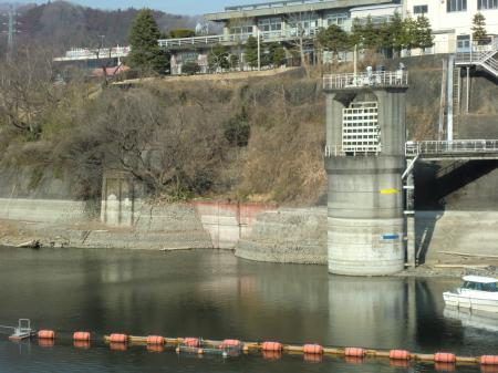 中沢接合井・川尻隧道・津久井発電所取水塔