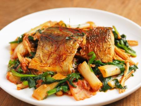 鯖のキムチ煮08
