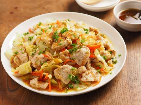 キャベツと鶏むね肉のフライパ18