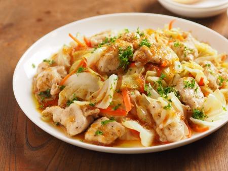 キャベツと鶏むね肉のフライパ13
