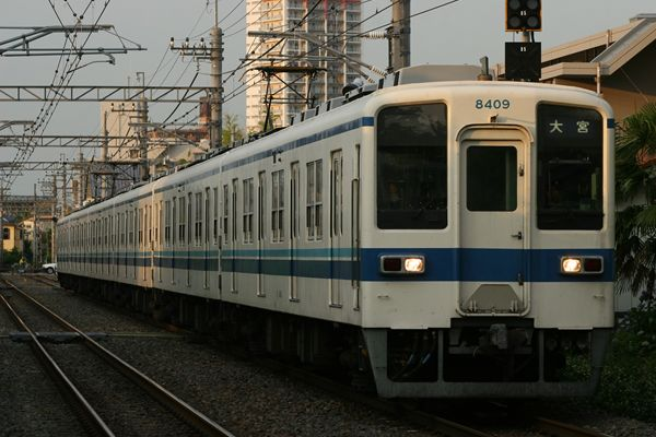 8109F