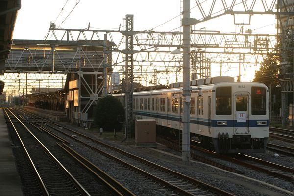 8192Fと岩槻駅
