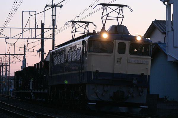 EF651102+ホキ 宇都宮配給