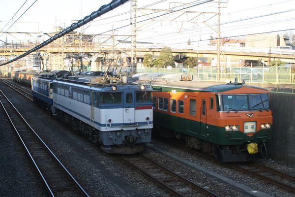 EF652060+EF65535&185系OM03編成