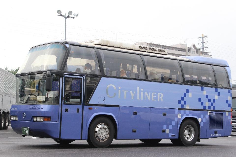 ローレル観光バス か748
