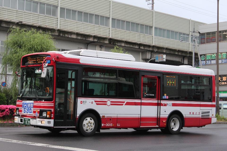 京阪バス W3015
