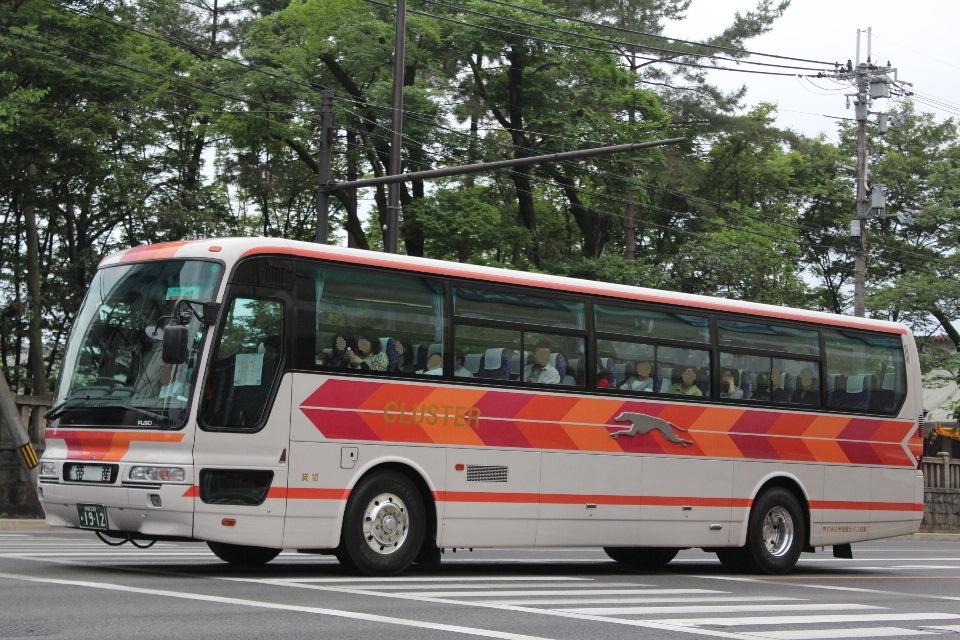 帝産観光バス滋賀 あ1912