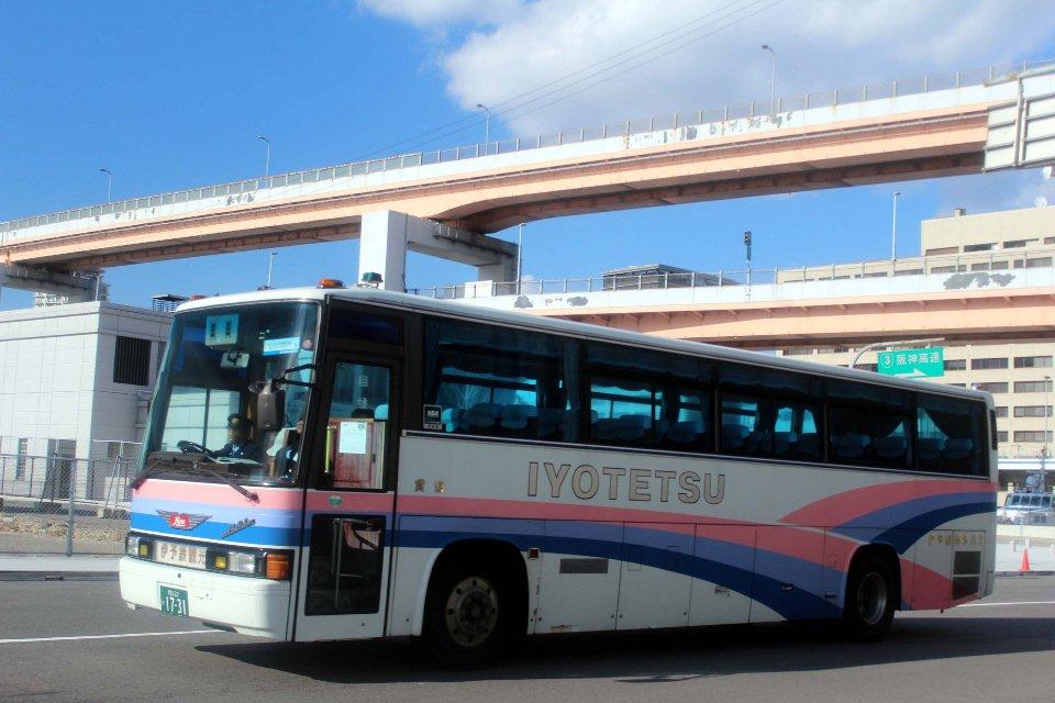 伊予鉄南予バス か1731