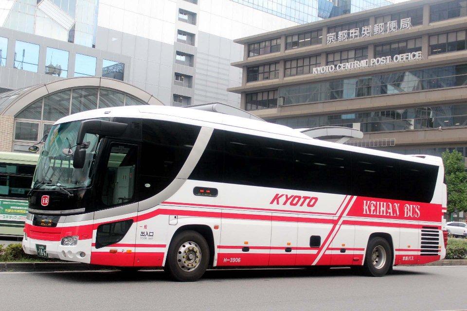 京阪バス H3906