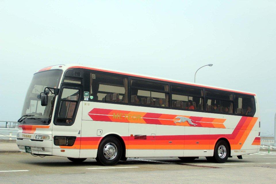 帝産観光バス か466