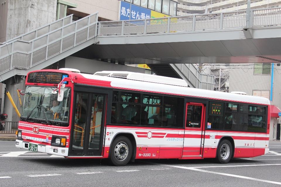 京阪バス N3200
