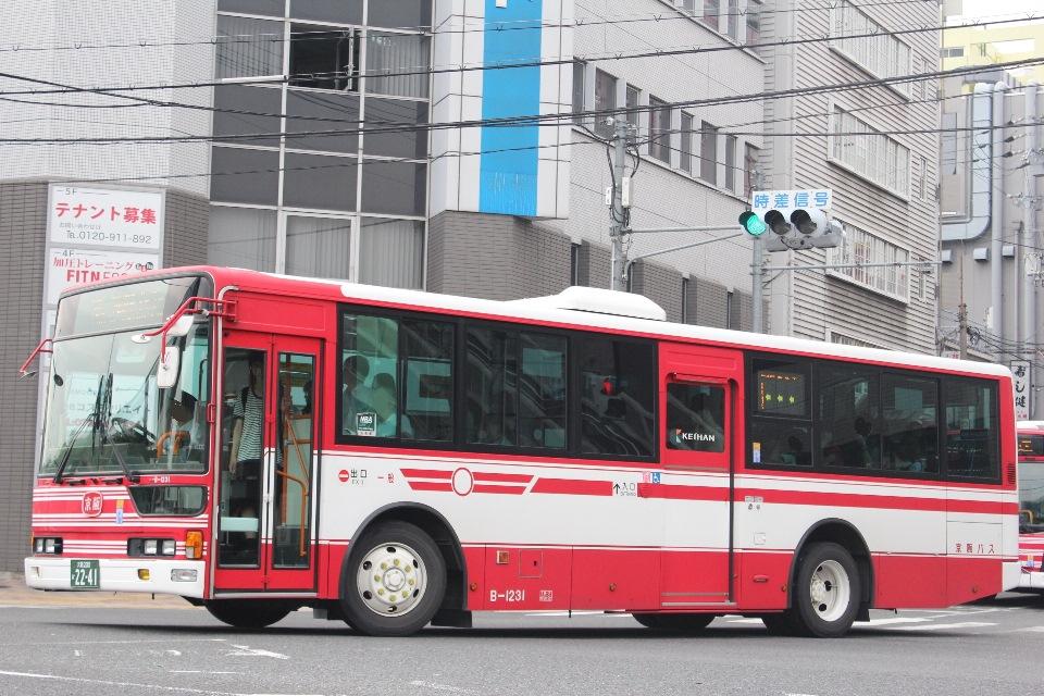 京阪バス B1231