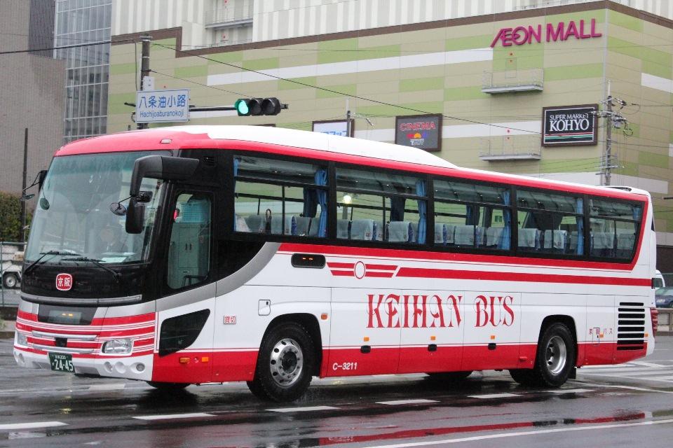 京阪バス C3211