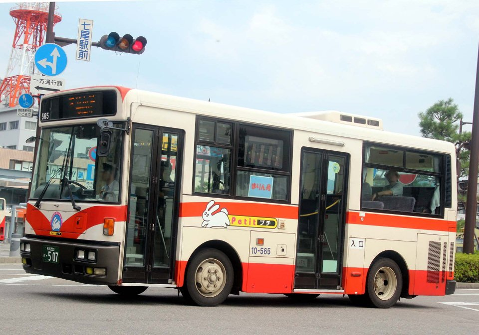北鉄能登バス 10-565