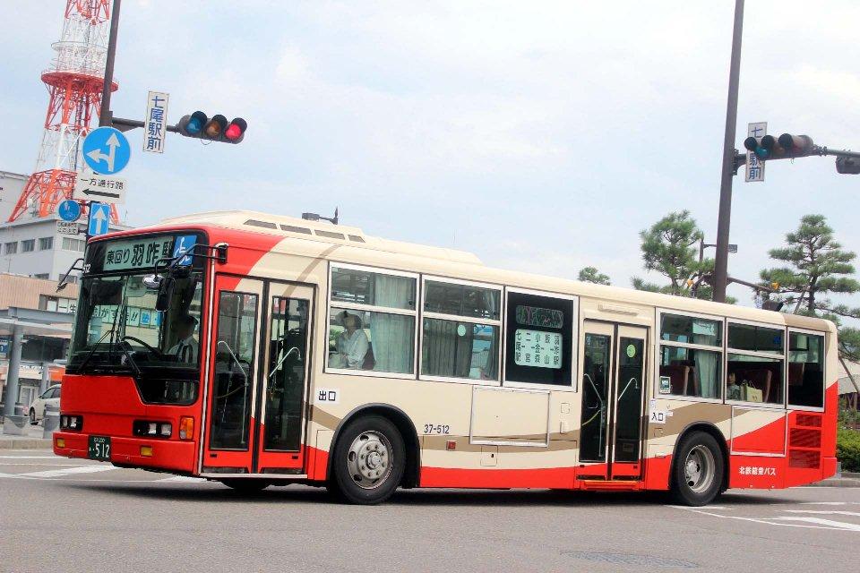 北鉄能登バス 37-512