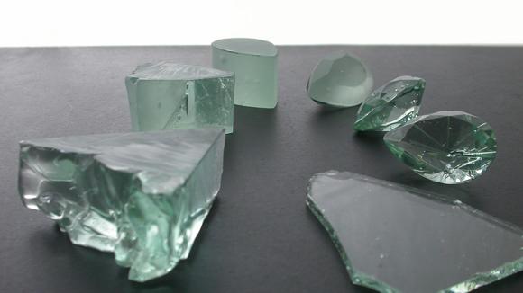 ガラスの原石