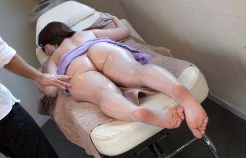モモウラ エロ画像 28