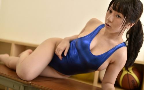 雨宮留菜 Hカップ グラビア 38