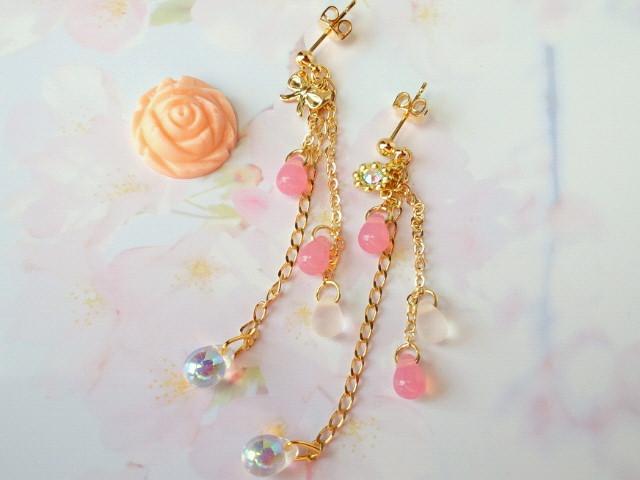 桜色ドロップのピアス1