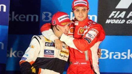 2008年のアロンソとマッサ