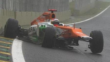 ブラジルGPでクラッシュアウトしたディ・レスタ
