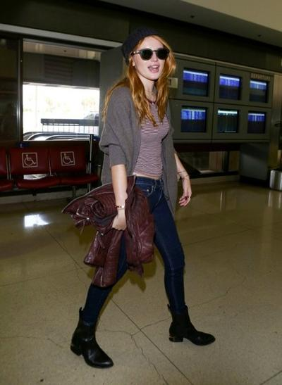 Bella+Thorne+LAX+20141117_02.jpg
