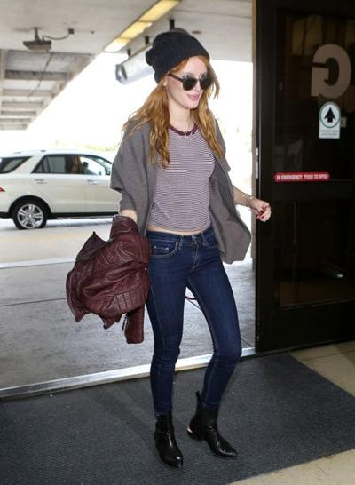 Bella+Thorne+LAX+20141117_03.jpg