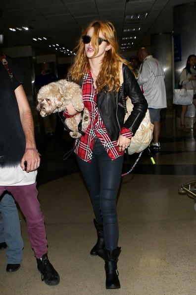 Bella+Thorne+seen+at+LAX+20141117_01.jpg