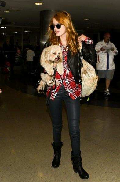 Bella+Thorne+seen+at+LAX+20141117_02.jpg