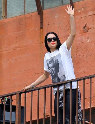 Jessie+J+Films+New+Music+Video+Los+Angeles+20141117_02.jpg